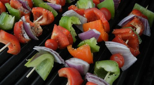Foodie Friday – Kebabs with Avocado Cilantro Lime Dip