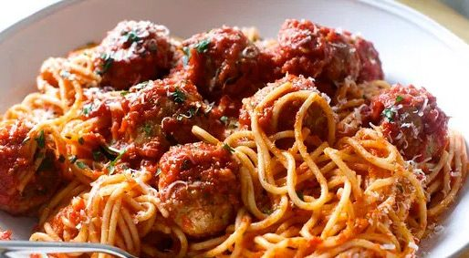 """Foodie Friday – Zucchini """"Spaghetti"""" with Meatballs and Sautéed Peppers"""