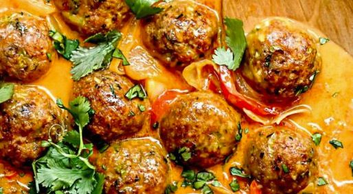 Foodie Friday – Coconut Red Curry Meatballs