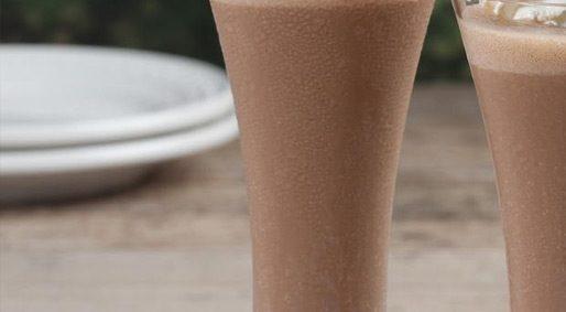 "Healthy? Chocolate Banana ""Milkshake"""